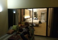 一泊6万の五つ星ホテルに宿泊して、クラブラウンジで無料で飲み食べ放題してきた